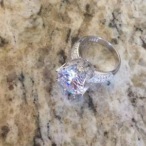 Jewelry - Rogue Dynamite Ring, worn once